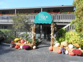 fall lodge front