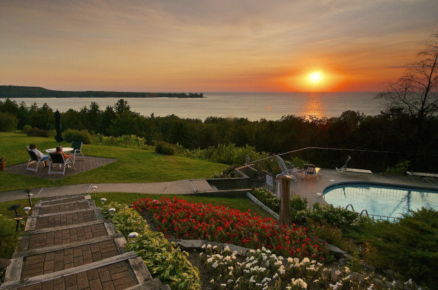 Egg Harbor Lodge in Egg Harbor, Door County, Wisconsin. Photo by Len Villano.